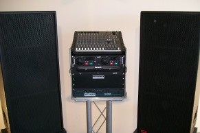 Mackie Sound System with AT-FR07 Speakers